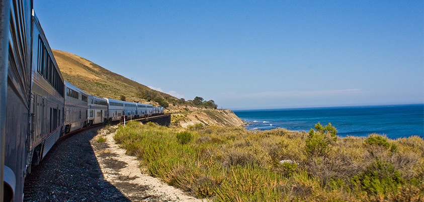 Battle of the Routes: California Zephyr vs. Coast Starlight